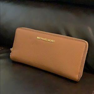 NWT Michael Kors Brown Wallet